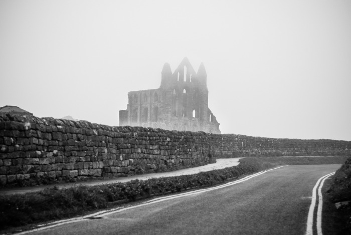 whitby-976541_1920